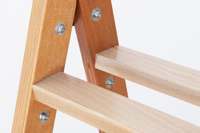 C mo hacer una escalera de madera herramientas y pasos for Escalera de madera 5 pasos