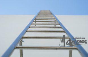 Ladder-630464_1920